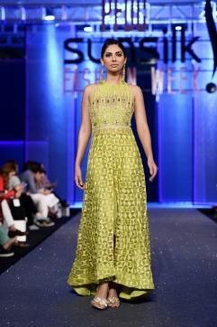 Faiza Saqlain (1)